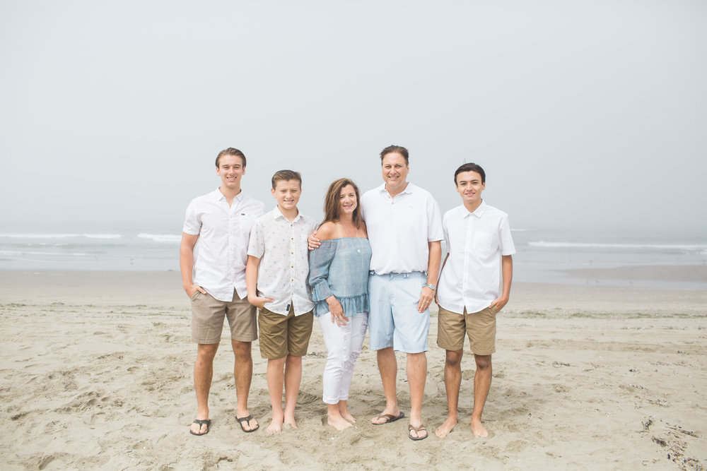 beach-family-session-105.jpg