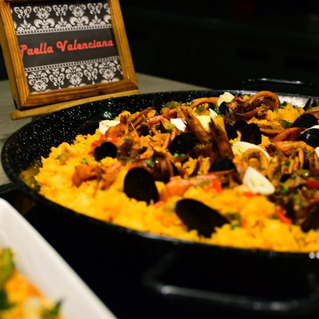 Now we know it's hard to choose from our vast selection of sumptuous dishes so every #ChooseDay we're giving you our reco on what to include on your choose list! First up, our glorious Paella Valenciana. Catch this beauty when you visit us!  Reserve now at VIK-INGS (845-4647)  #TheHottestBuffetInTheCity #AlwaysFreshAlwaysInSeason