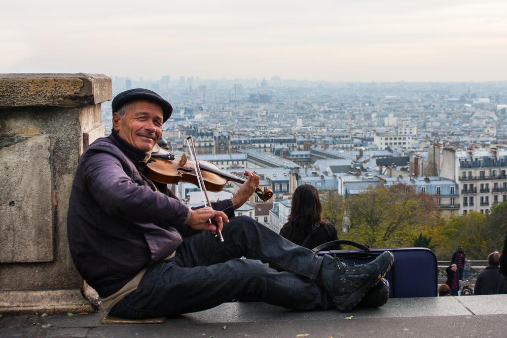 Fiddler, Sacre Coeur, Paris