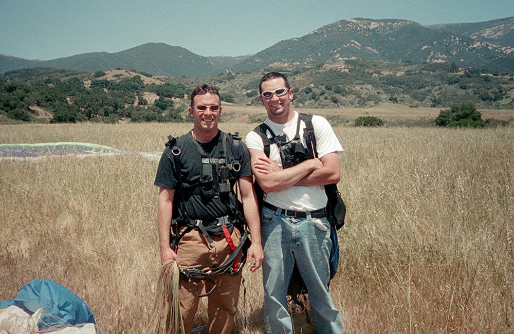 Dos Hermanos - 2003