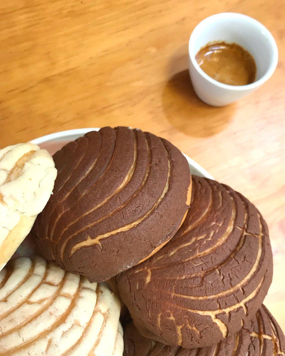 Café y pan