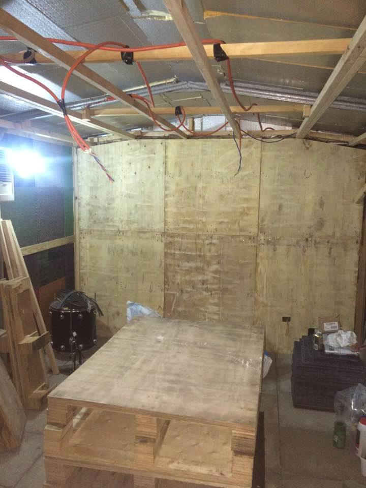 Progress shot of the studio, 21/05/17