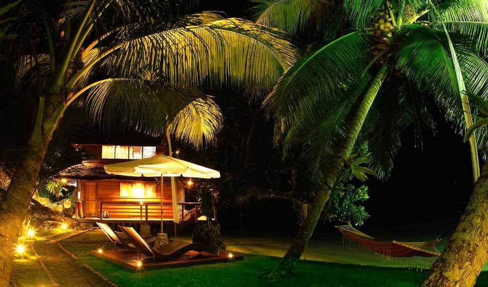 Luxury surf trip indonesia mentawais telo island