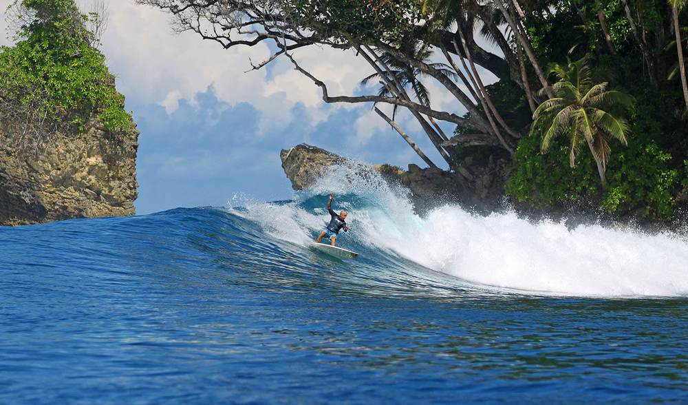Pinnacles on Telo Surf spot indonesia