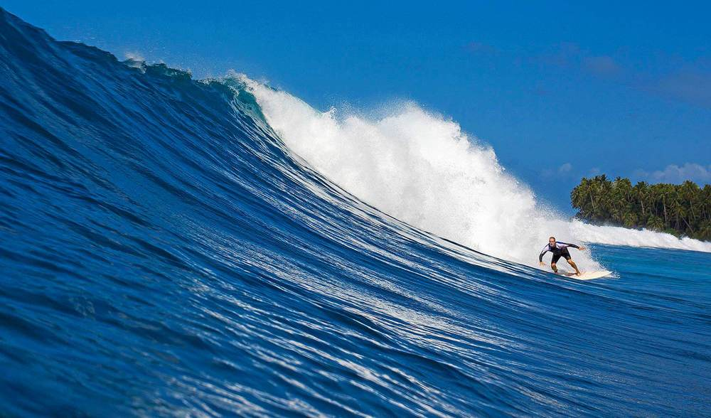 Big surf in indonesia telo island lodge