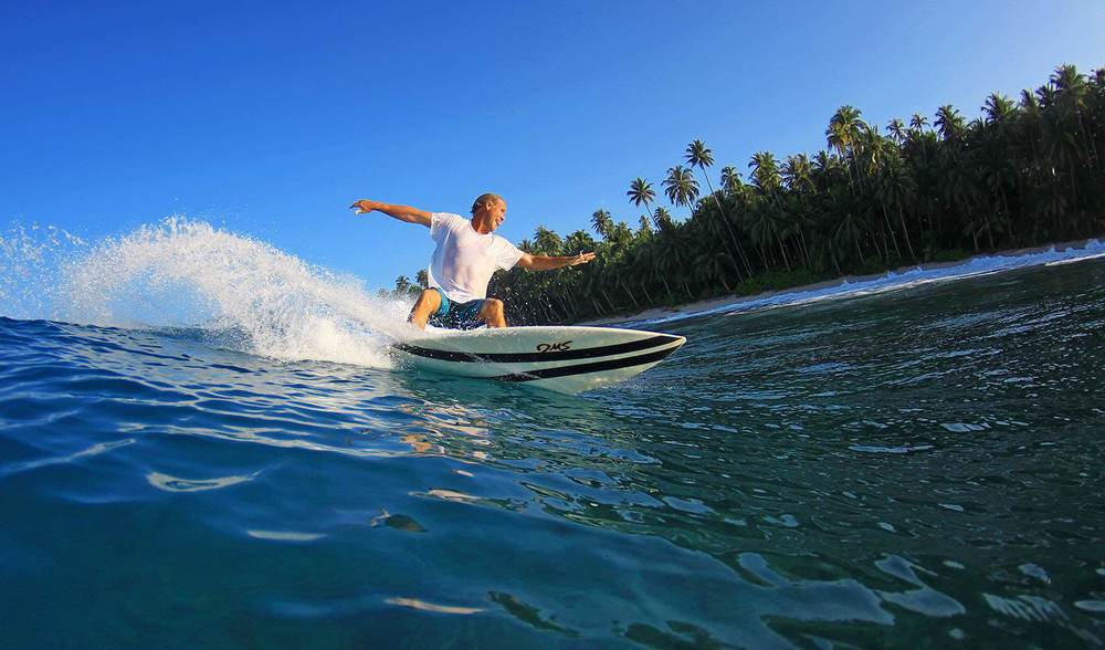 Shortboarding indonesia surfing vacation