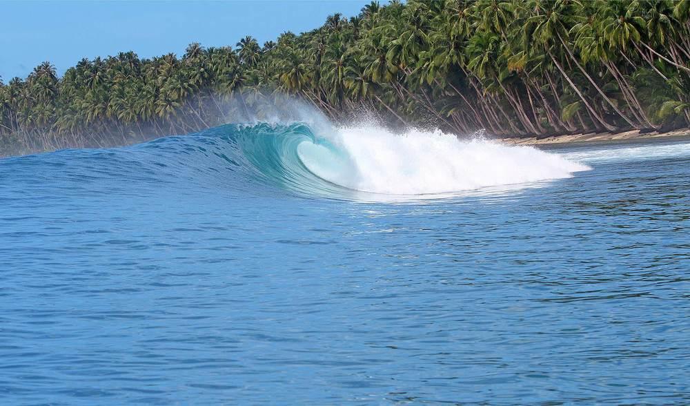 learn to barrel ride telo island