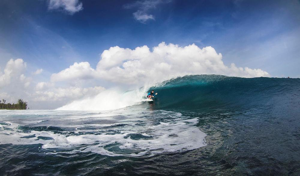 a close up of a perfect wave. pegasus lodges and resorts