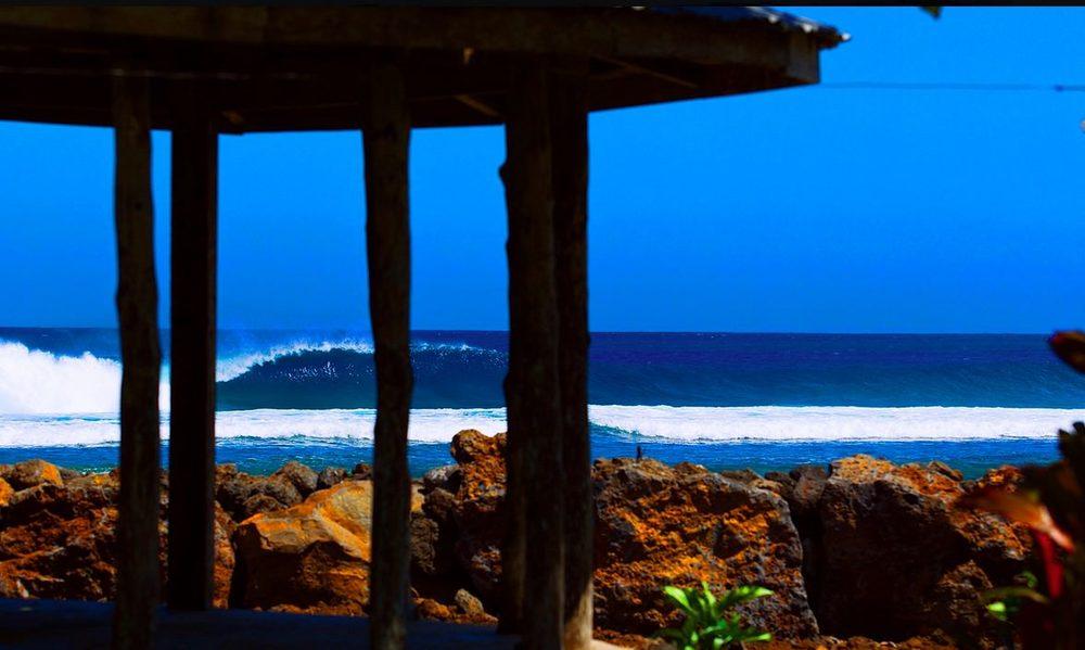 Kland+Aganoa+Lodge+Samoa+Surfing+Surf.jpg