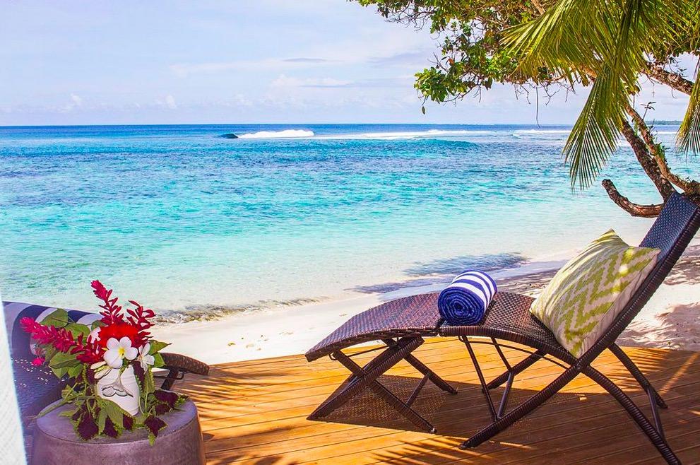 Fales+beach+Aganoa+Right surfing barrel private beach