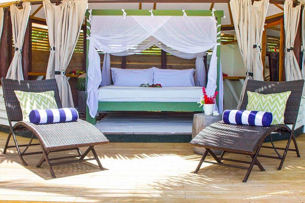 Lodging+room+resort samoa savaii luxury vacation