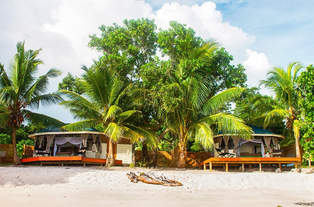 Aganoa beachfront hotel luxury fale bungalow vacation package