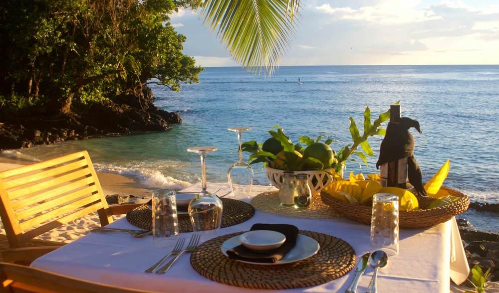 Aganoa Lodge Samoa Honeymoon Dining Beachfront.jpg