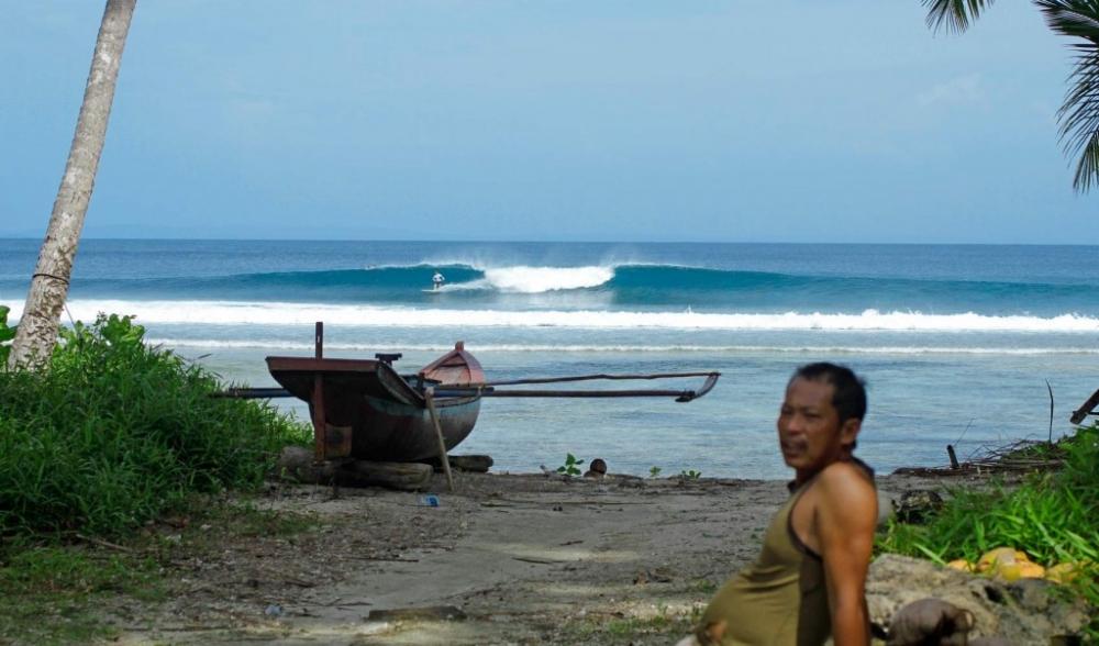School Yards Pinnacles on Telo Surf