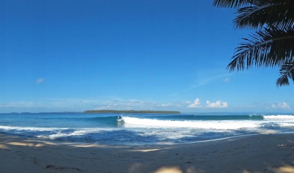Le Ba Pinnacles on Telo Surf