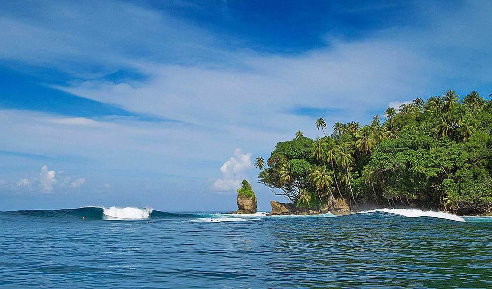 Pinnacles on Telo Surf