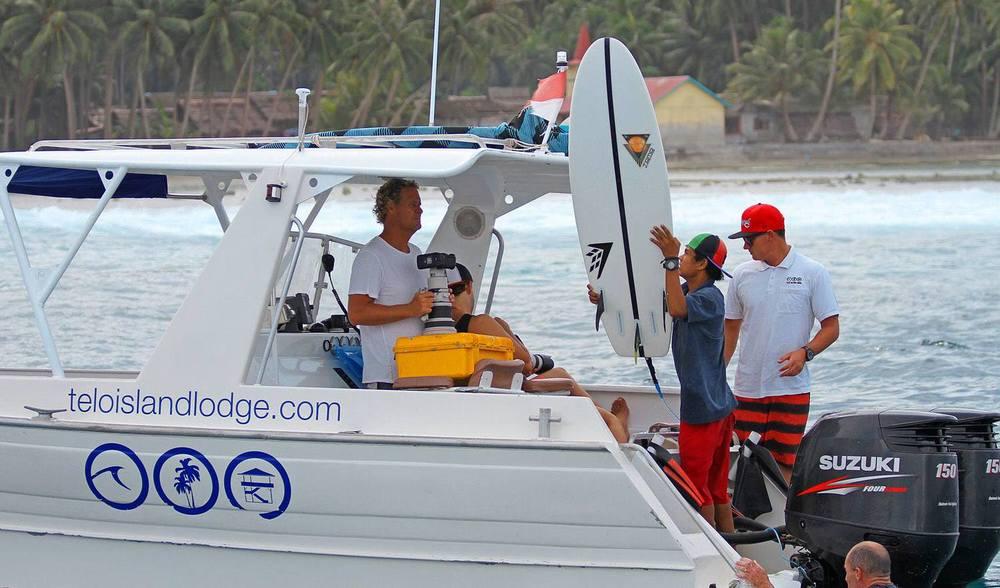 Surf transfer speedboat indonesia telo island lodge