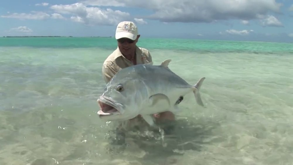 Fanning-Island-Resort giant trevally fishing
