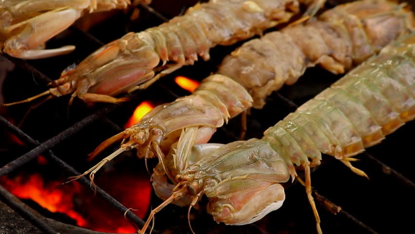 Fanning-Island-Resort Fresh lobster and seafood at Fanning Island Resort