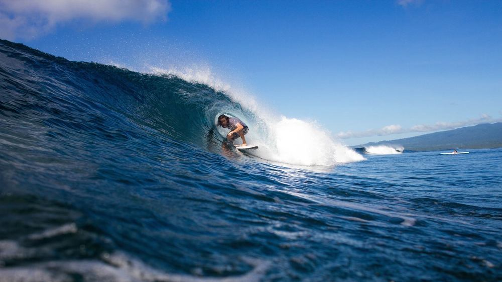 Professional Surf Guides at Fanning Island Resort