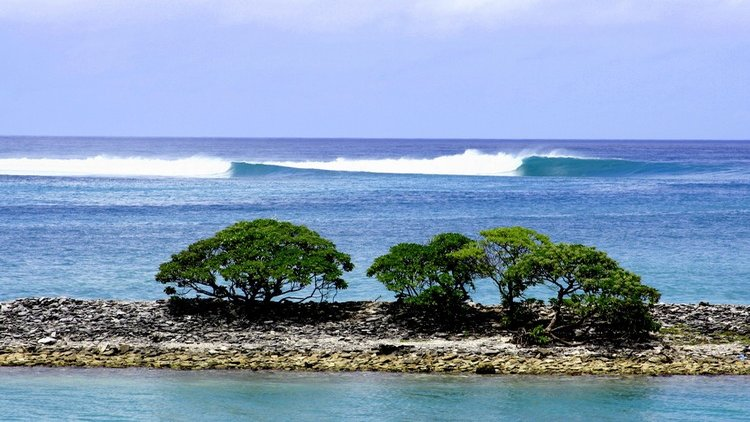 Come visit one of the most remote surfing and angling destinations in the world. Fanning Island, situated atop an extinct volcanic crater, offers superb surf breaks and angling opportunities along the shores of the islands inner lagoon as well as around the island.