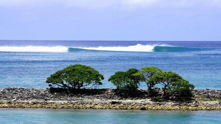 O Fanning Island Resort oferece acesso exclusivo ao surfe e pesca no limite do mundo. Nosso resort de pequeno formato na ilha remota de Fanning, Kiribati, é limitado a 6 pescadores ou surfistas por semana, para garantir que nossos guias profissionais possam customizar cada aspecto da visita aos seus desejos.