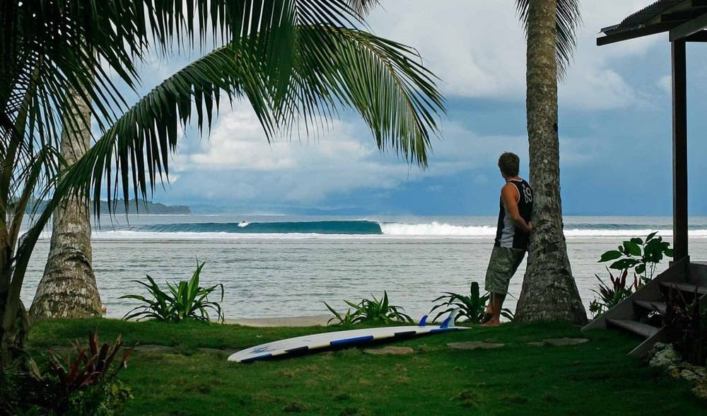 fsurf-the-best-waves-in-indonesia