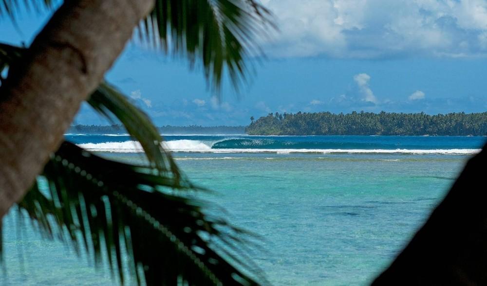 SURF THE TELO ISLANDS - INDONESIA