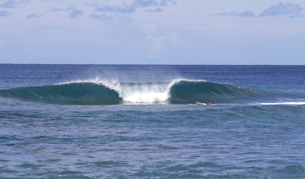 the peak wave left and right hander empty perfection.jpg