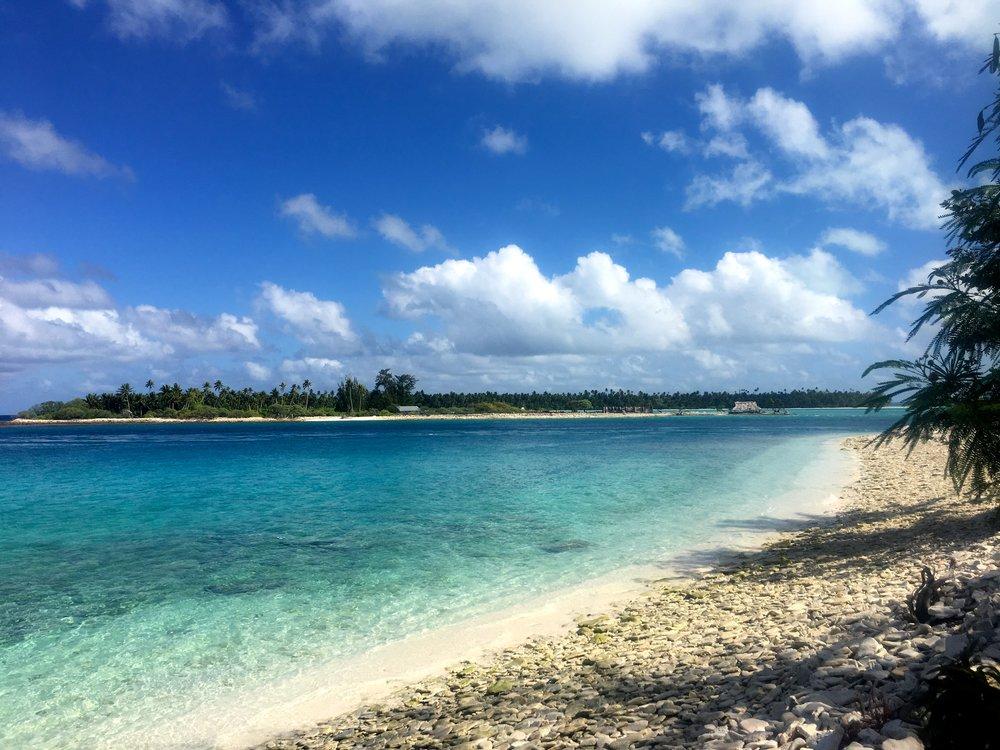Shockingly blue, clear waters and skies. Fanning Island, Pegasus Lodges.JPG