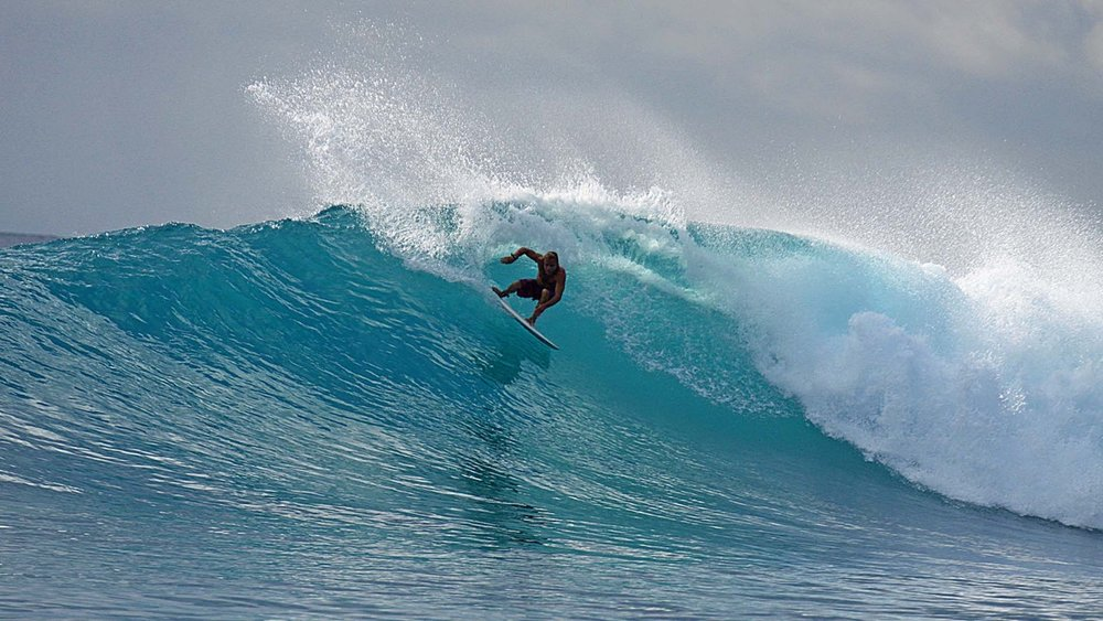 Arcing top turn by Dingo over at Le-Ba.