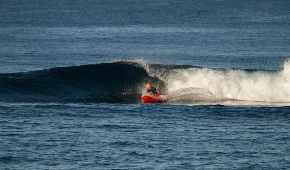 Golden afternoon surfs.