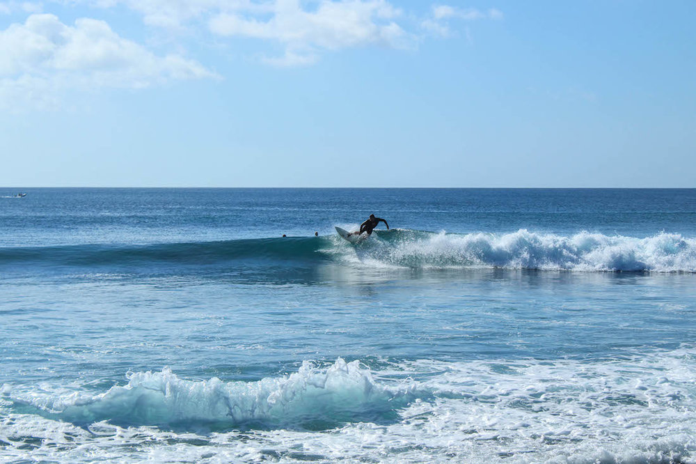 Easy going walls to surf.