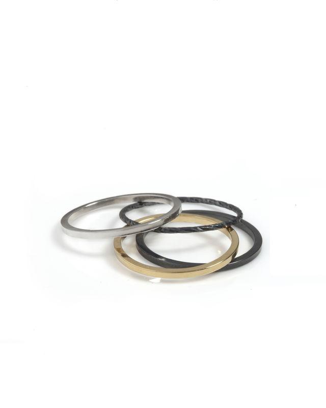 skinny ring .jpg