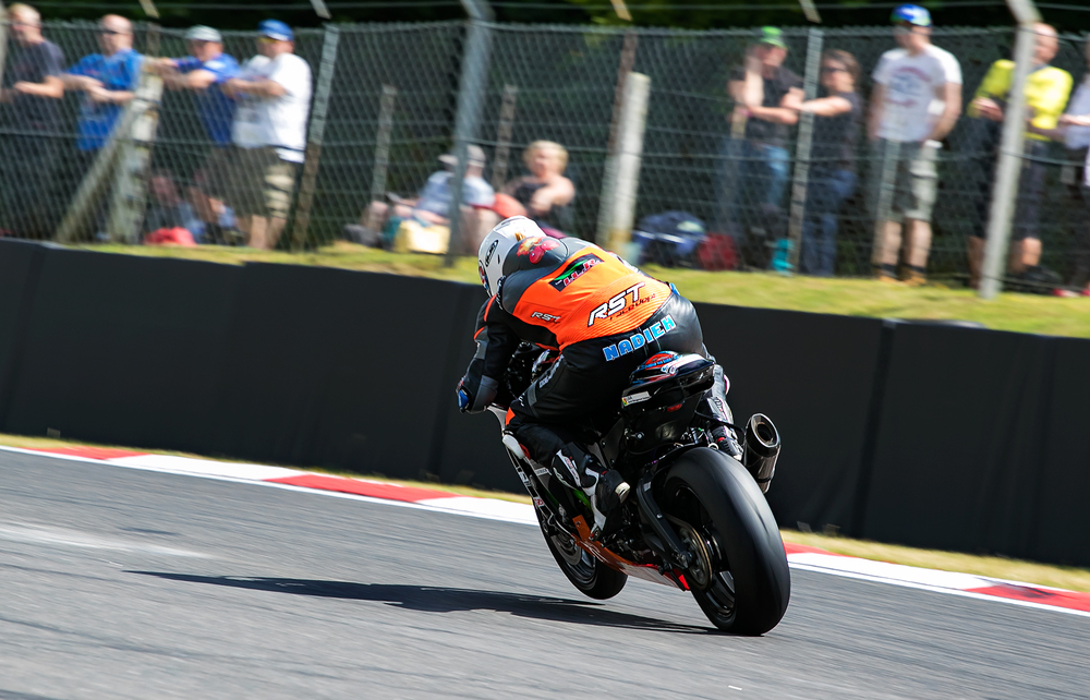 Nadieh getting more comfortable with the ZX10 at Brands GP, photo by  www.burnoutmedia.uk