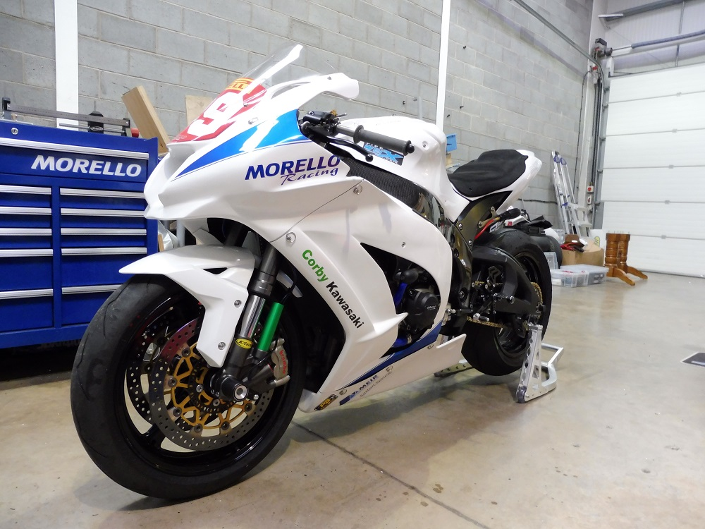 Nadieh's new weapon, a 2016 Kawasaki ZX10R, purchased from  Morello Racing