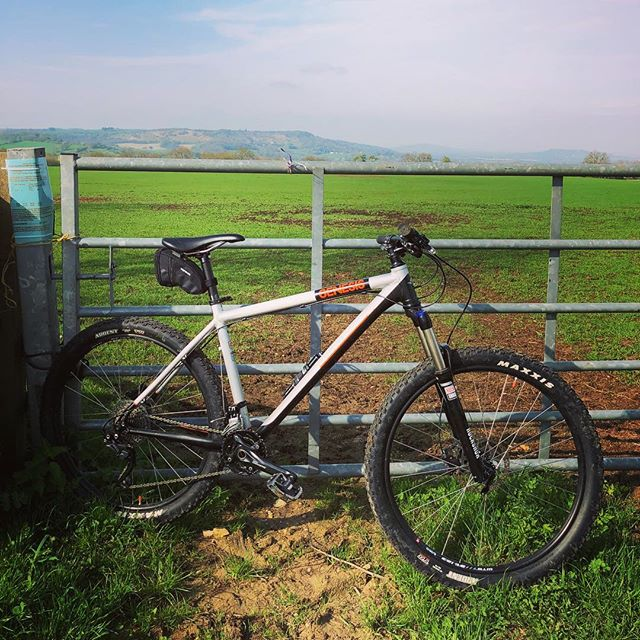 #genisisbikes suns out #cotswoldsbiking
