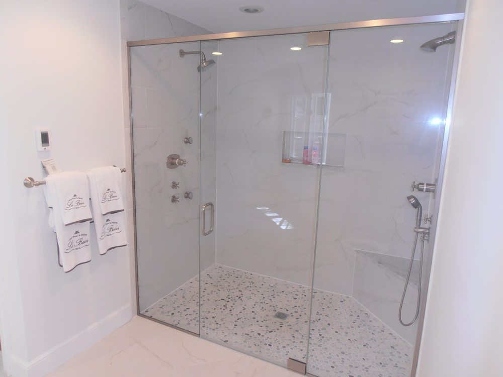 1 Large Double Shower With Body Sprays Natick Kozhemiakin.JPG