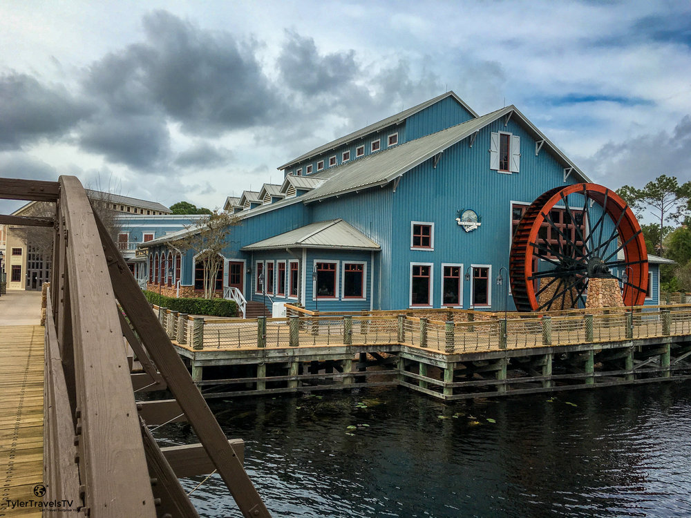 Disney's Port Orleans - Riverside is a Moderate Resort and is the People Mover Travel choice for best resort in that category.