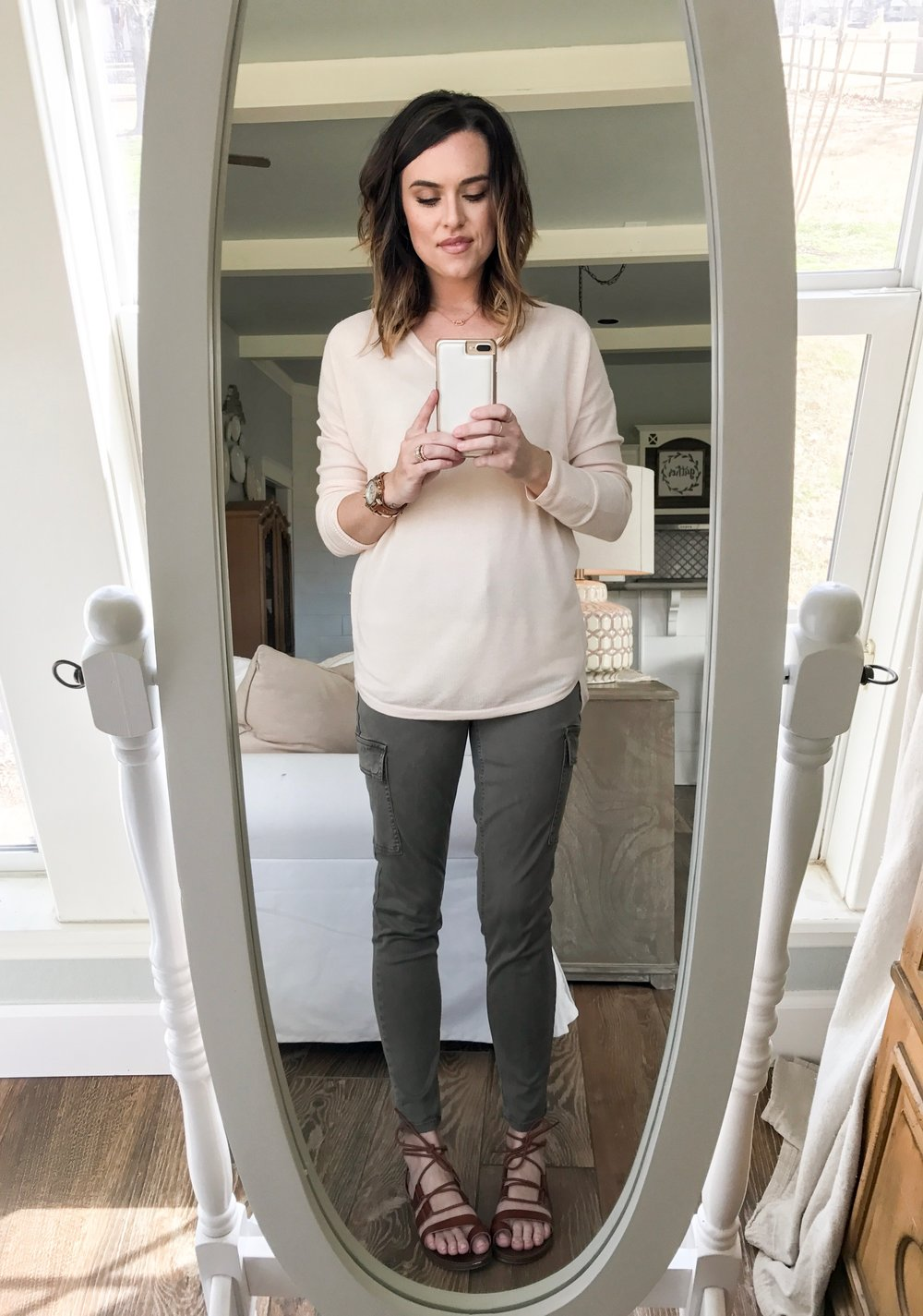 Cotton Stem Blog capsule wardrobe series army green pants pink sweater