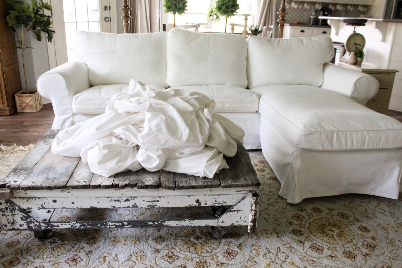 How The Heck I Maintain White Furniture With Four Kids A Review  ~ White Slipcovers For Sofa