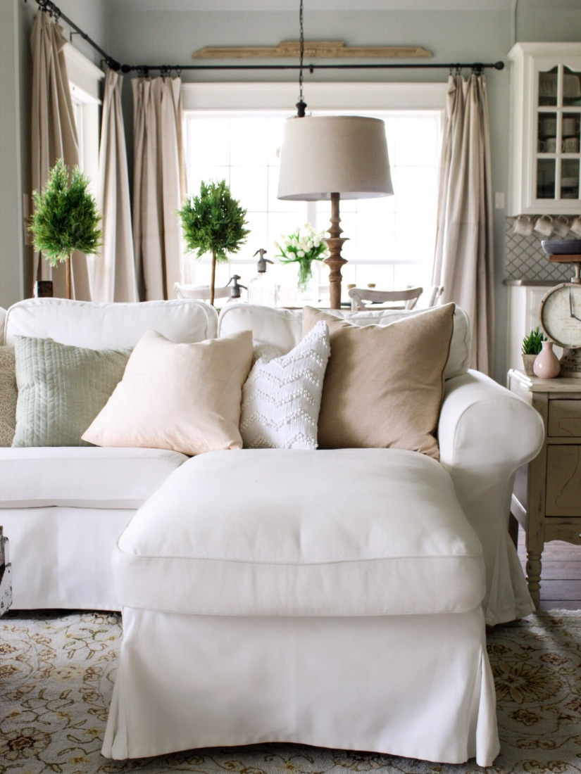 living rooms with white sofas how the heck i maintain white furniture with four a 22435