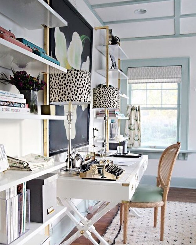 Monday morning home office inspo! Where are you working today? ⠀⠀⠀⠀⠀⠀⠀⠀⠀ . . #messysexychic #femaleentrepreneur #freelancer #digitalnomad #remotework #thefutureisfemale #futureofwork #workstyle #sidehustle #themoderna #coworking #entrepreneur #bblogger #fblogger #bbloggers #fbloggers #workfromhome #quotes #homeoffice #officeinspo
