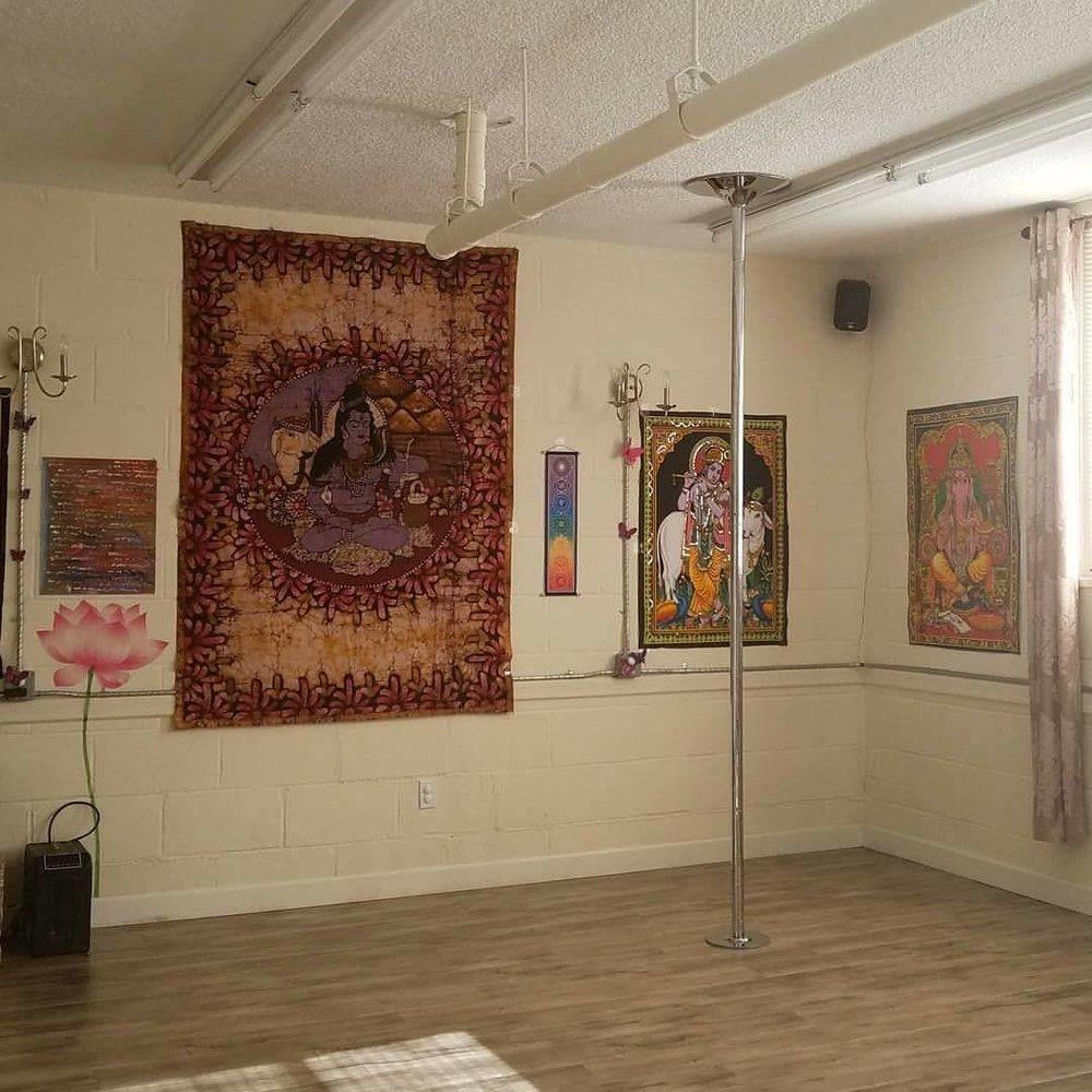 Manasa Yoga Studio Pole Dance Practice