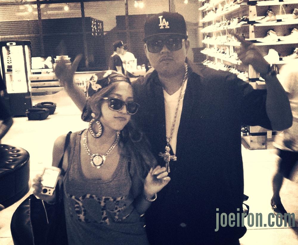 JASMINE & JOE IRON