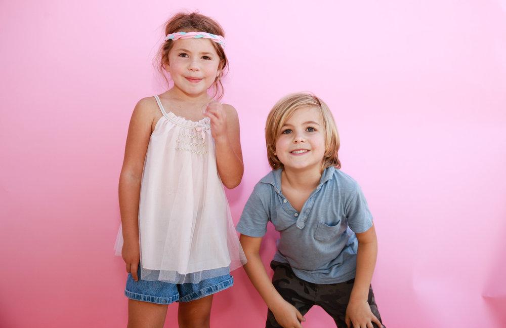 ogarphr pink portraits bro and sisV2P7793.jpg
