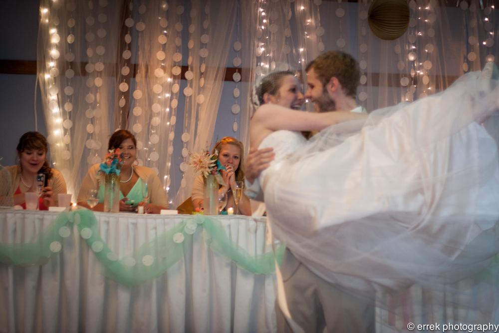 jGr - wedding for screen use-327.jpg