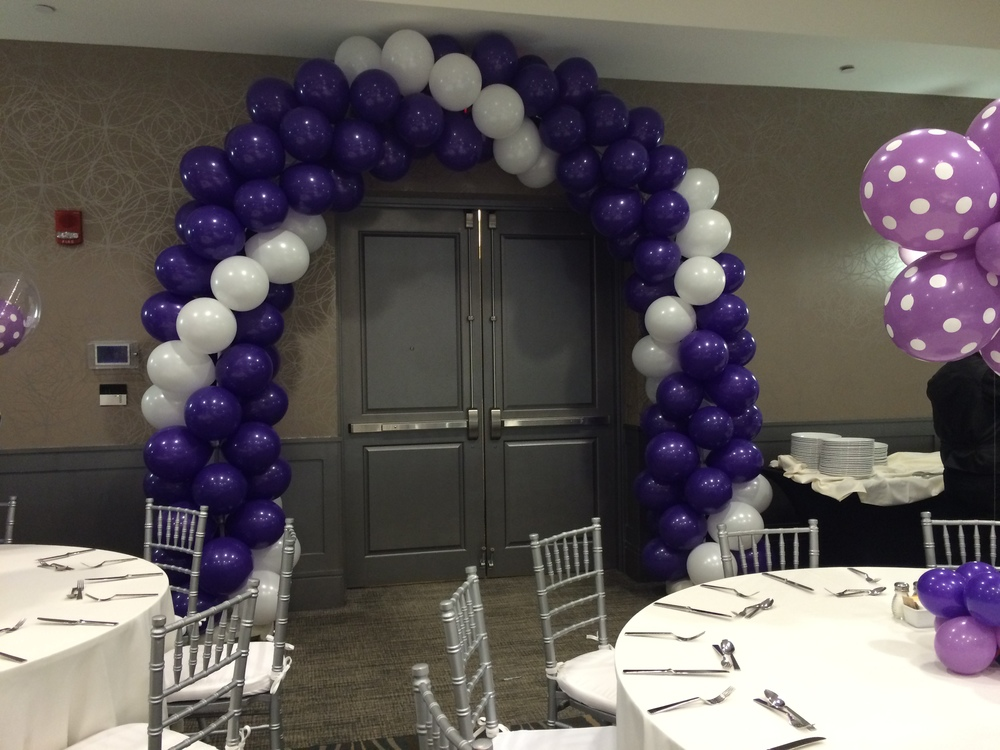 Personalized custom party balloon arch