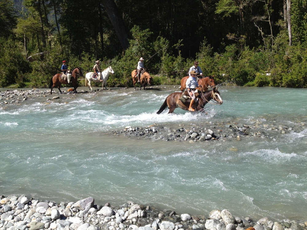 Ride Andes horse treks Argentina Chile