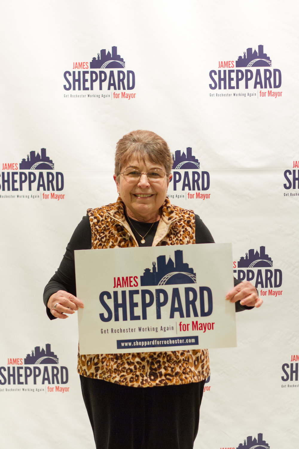 I_Stand_With_Shep_Signs-0002.jpg